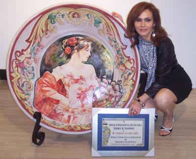 Primer premio en bienal internacional de cer mica de - Talavera dela reina ceramica ...